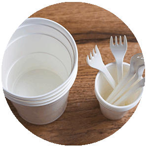 Disposable Tableware biodegradable, biobased and compostable, by Injection Moulding NUREL INZEA Bioplastics